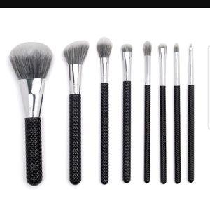 Moda 8 Piece Brush Set